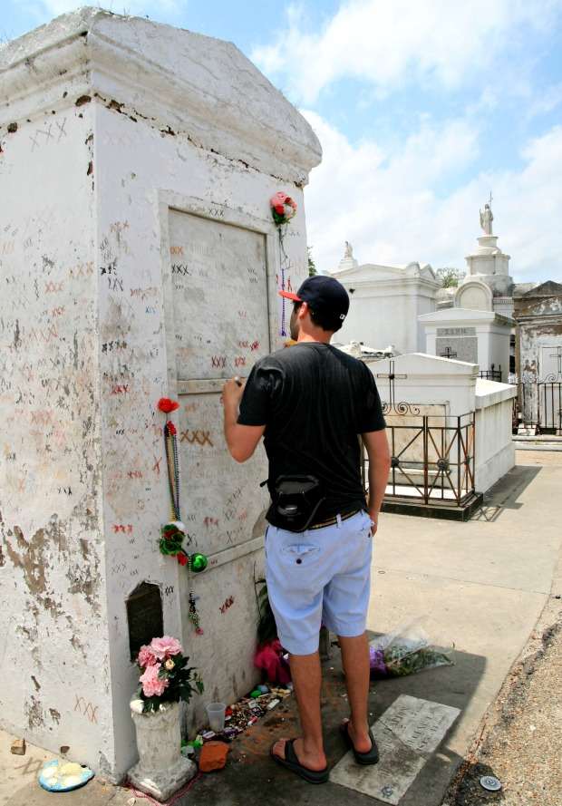 Marie Laveau's Grave New Orleans